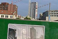 - Milan, yard for new buildings in the Isola district....- Milano, cantiere per nuove costruzioni nel quartiere Isola