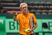 Swiss, Genève, September 14, 2015, Tennis,   Davis Cup, Swiss-Netherlands, practise Dutch team, coach Martin Bohm<br /> Photo: Tennisimages/Henk Koster
