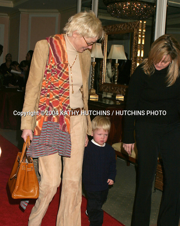 "©2004 KATHY HUTCHINS / HUTCHINS PHOTO.""IN STYLE"" AND ""A DIAMOND IS FOREVER"".HOST A LUNCHEON .BEVERLY HILLS, CA .JANUARY 21, 2004..SHARON STONE.HER SON.SISTER KELLY STONE..."