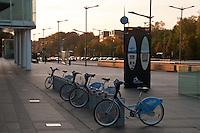 Au Luxembourg: l'avenue Georges Fitzegarld Kennedy à proximité de la Place de l'Europe