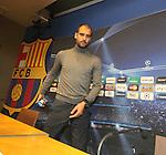 Camp Nou , UEFA Champions League, rueda de prensa previa al partido FC Barcelona - ARsenal FC. Pep Guardiola entra a la rueda de prensa