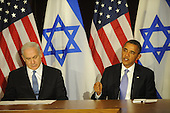 United States President Barack Obama, right, makes a statement to the pool prior to meeting Prime Minister Benjamin Netanyahu of Israel, left, Wednesday, Sept. 21, 2011 at United Nations Headquarters in New York, New York..Credit: Aaron Showalter / Pool via CNP