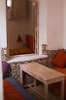 Afrique/Afrique du Nord/Maroc/Essaouira: Riad: Villa Garance - détail d'un salon