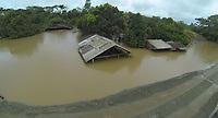 ABUNÃ, RONDÔNIA, BRASIL - 22-02-2014 - Acre pode sofrer desabastecimento isolado do resto do Brasil por estrada por causa do fechamento da BR-364, cuja pista em três trechos, em Rondônia, está coberta pelas águas da enchente histórica do Rio Madeira, o Acre pode enfrentar a partir de segunda-feira (24) problema de desabastecimento.