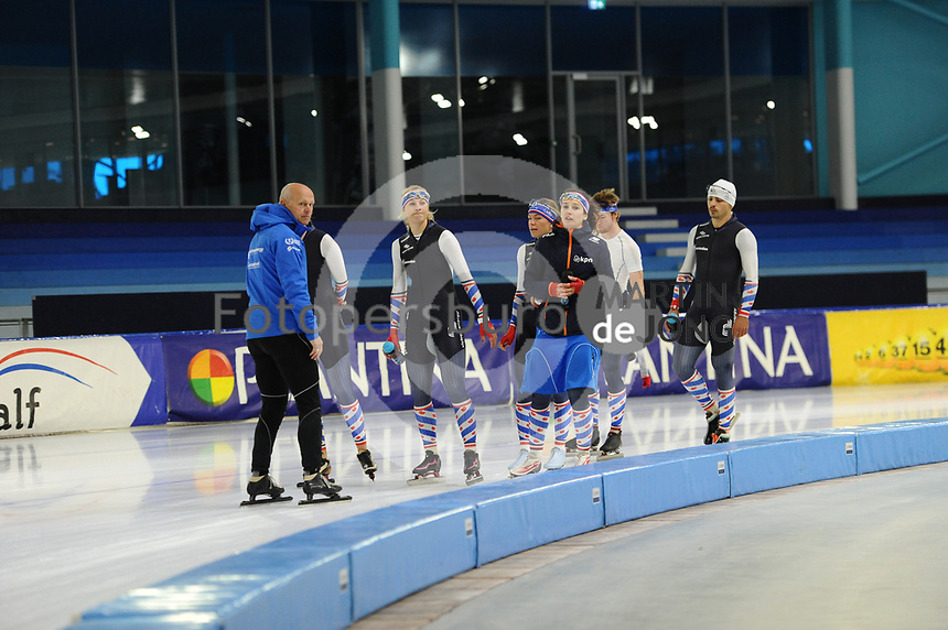 SCHAATSEN: HEERENVEEN: 11-09-2017, IJSSTADION THIALF, Topsporttraining, ©foto Martin de Jong