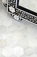 7 cm Hex in Calacatta Radiance Honed.