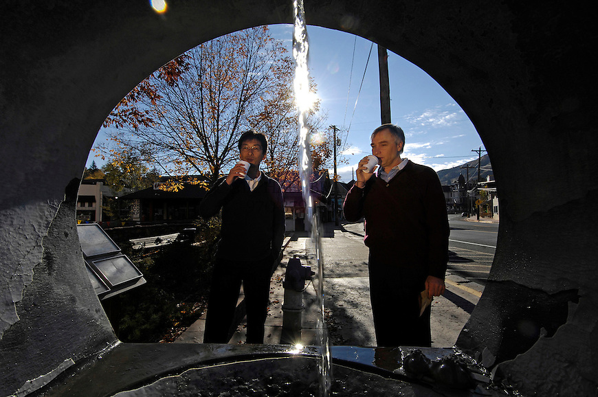 Tomuaki Toriya, left, from Japan, and Chris Laidlaw from San Jose, CA sample water at the Cheyenne Spring. Michael Brands for The New York Times.