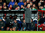 Arsenal's Arsene Wenger gives it the thumbs up during the premier league match at Selhurst Park Stadium, London. Picture date 28th December 2017. Picture credit should read: David Klein/Sportimage
