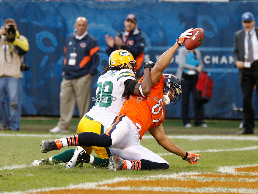 KELLEN DAVIS, of the Chicago Bears, in action during the Bears game against the Green Bay Packers on September 25, 2011 at Soldier Field in CHicago, IL. The Packers beat the Bears 27-17.