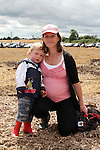 Cathal and Sheila Duffy at the Combines for Charity Guinness Book of World Records Attempt...Photo NEWSFILE/Jenny Matthews.(Photo credit should read Jenny Matthews/NEWSFILE)....This Picture has been sent you under the condtions enclosed by:.Newsfile Ltd..The Studio,.Millmount Abbey,.Drogheda,.Co Meath..Ireland..Tel: +353(0)41-9871240.Fax: +353(0)41-9871260.GSM: +353(0)86-2500958.email: pictures@newsfile.ie.www.newsfile.ie.FTP: 193.120.102.198.