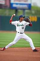 Cedar Rapids Kernels shortstop Jermaine Palacios (16) warmup throw to first during the first game of a doubleheader against the Kane County Cougars on May 10, 2016 at Perfect Game Field in Cedar Rapids, Iowa.  Kane County defeated Cedar Rapids 2-0.  (Mike Janes/Four Seam Images)