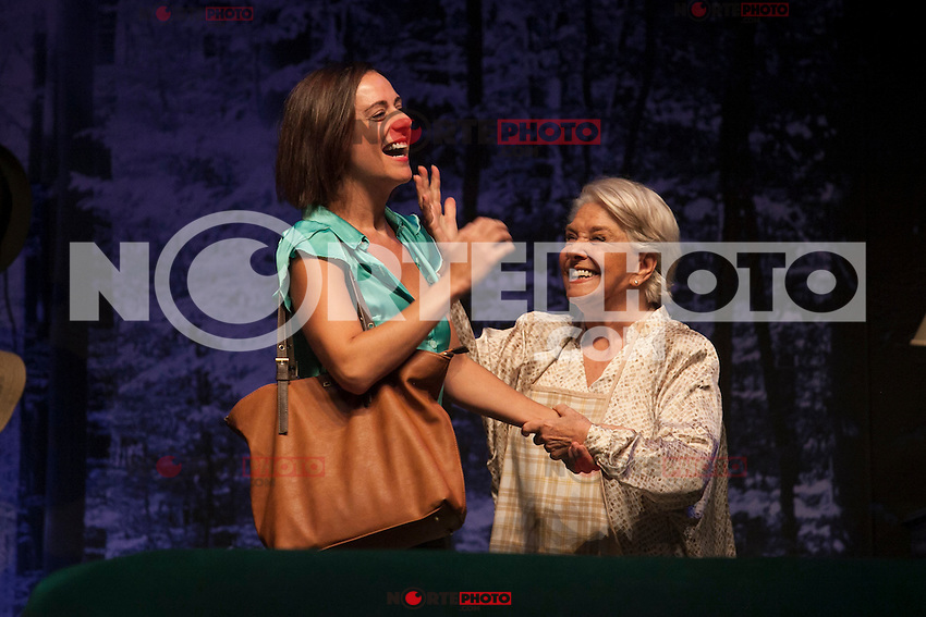 Spanish actresses Lola Herrera and Luz Valdenebro perform during `El lago dorado´ theater play in Madrid, Spain. August 17, 2015. (ALTERPHOTOS/Victor Blanco)