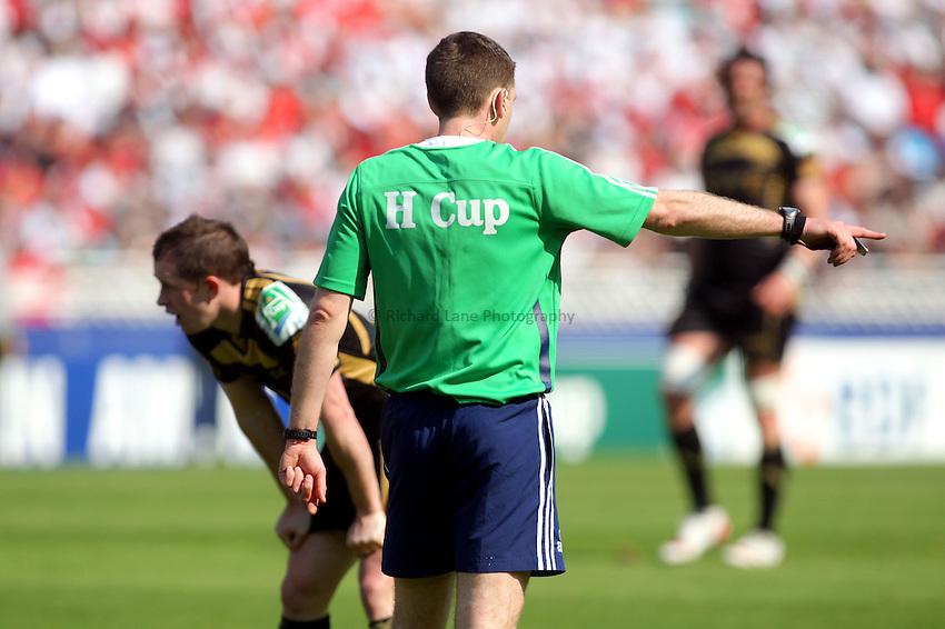 © Andrew Fosker / Seconds Left Images 2010 - referee  branding Biarritz Olympique v Ospreys - Heineken Cup Quarter Final - 10/04/2010 - Estadio Anoeta, San Sebastian - Spain  - All rights reserved.