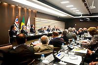 SAO PAULO, SP, 14.10.2015 - FIESP - SP - O deputado Ricardo Barros ( PP/PR) e o senador Acir Gurgacz ( PDT/RO)  durante o abertura do Orçamento 2016 em reunião com o conselho da FIESP-feira na sede da FIESP, nesta quarta-feira 14 . ( Foto: Gabriel Soares/ Brazil Photo Press)