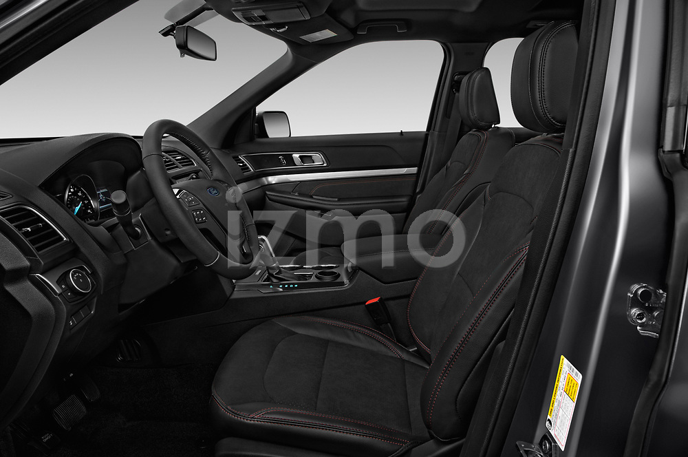 Front seat view of a 2019 Ford Explorer XLT 5 Door SUV front seat car photos