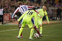 Atletico de Madrid´s Fernando Torres and Barcelona´s Andres Iniesta and Jordi Alba during 2014-15 Spanish King Cup match between Atletico de Madrid and Barcelona at Vicente Calderon stadium in Madrid, Spain. January 28, 2015. (ALTERPHOTOS/Luis Fernandez) /nortephoto.com<br />
