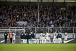 03.11.2019, Brita-Arena, Wiesbaden, GER, 2.FBL, Wehen-Wiesbaden vs Hamburger SV<br /> , <br />DFL  regulations prohibit any use of photographs as image sequences and/or quasi-video.<br />im Bild<br />Die Hamburger Mannschaft bedankt sich bei den mitgereisten Fans.<br /> <br /> Foto © nordphoto / Bratic