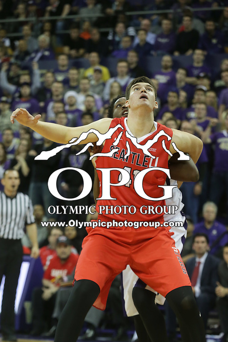 DEC 22, 2015:  Seattle University's Aaron Menzies against Washington. Washington defeated Seattle University 79-68 at Alaska Airlines Arena in Seattle, WA.