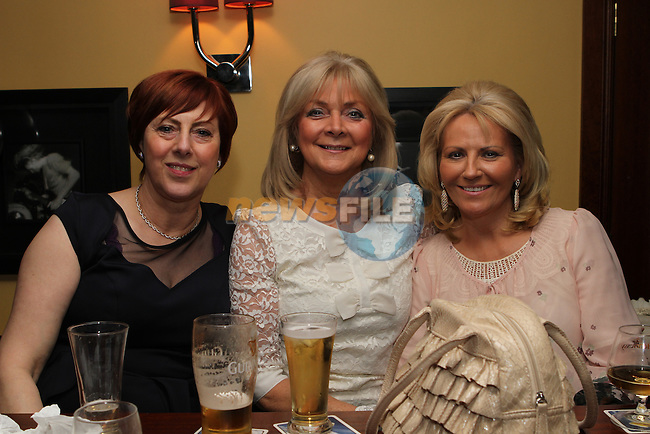 Nuala Skelly, Kathleen Skelly and Marie Delaney in McHughs...(Photo credit should read Jenny Matthews/NEWSFILE)...
