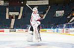 Stockholm 2014-09-11 Ishockey Hockeyallsvenskan AIK - S&ouml;dert&auml;lje SK :  <br /> S&ouml;dert&auml;ljes m&aring;lvakt Tim Sandberg g&ouml;r en piruett framf&ouml;r S&ouml;dert&auml;ljes supportrar efter matchen<br /> (Foto: Kenta J&ouml;nsson) Nyckelord:  AIK Gnaget Hockeyallsvenskan Allsvenskan Hovet Johanneshovs Isstadion S&ouml;dert&auml;lje SK SSK jubel gl&auml;dje lycka glad happy