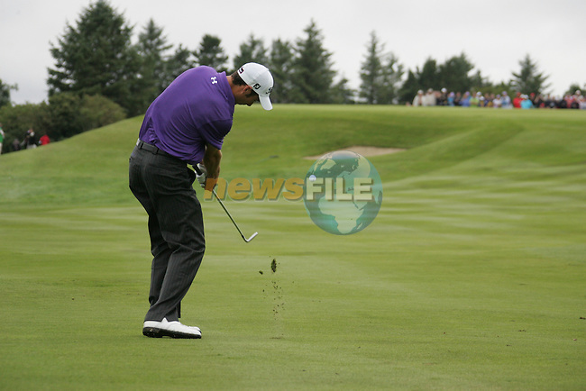 Ross Fisher chips onto the 17th green with his 3rd shot during Day 2 of the 3 Irish Open at the Killarney Golf & Fishing Club, 30th July 2010..(Picture Eoin Clarke/www.golffile.ie)