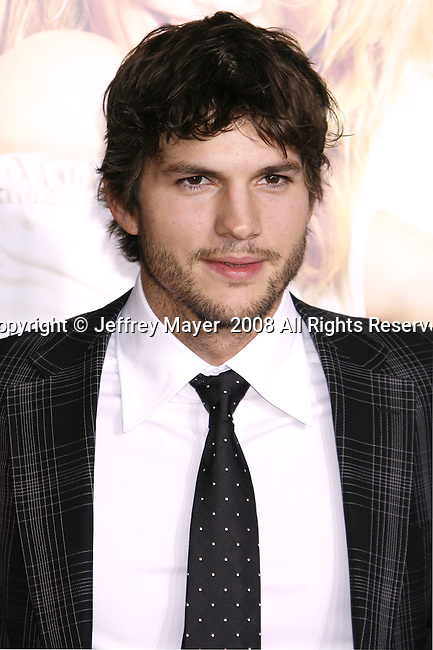 "Actor Ashton Kutcher arrives at the Premiere Of Fox's ""What Happens In Vegas"" on May 1, 2008 at the Mann Village Theatre in Los Angeles, California."