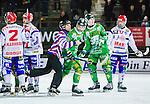 Stockholm 2015-01-16 Bandy Elitserien Hammarby IF - IFK Kung&auml;lv :  <br /> domare Sergey Gorbachev f&ouml;r undan Hammarbys Kasper Milerud efter ett br&aring;k med Kung&auml;lvs Hampus K&auml;rnman under matchen mellan Hammarby IF och IFK Kung&auml;lv <br /> (Foto: Kenta J&ouml;nsson) Nyckelord:  Elitserien Bandy Zinkensdamms IP Zinkensdamm Zinken Hammarby Bajen HIF IFK Kung&auml;lv slagsm&aring;l br&aring;k fight fajt gruff