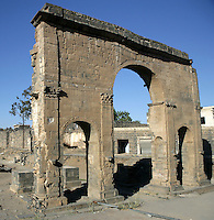 Roman Triumphal Arch, 3rd century AD, memorial to Cornelius Palma who conquered Bosra in 106 AD, Bosra, Syria Picture by Manuel Cohen
