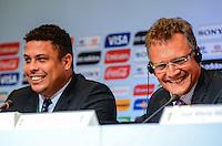 RIO DE JANEIRO, RJ, 30 AGOSTO 2012-FIFA-ENTREVISTA COLETIVA- Ronaldo, membro do COL e o secretário-geral da FIFA, Jerome Valcke, e  membros do Conselho de Administracao do COL, na entrevista coletiva realizada pelo Comitê Organizador Local (COL) da Copa do Mundo da FIFA 2014, posterior à reunião de Diretoria do COL, no dia 30 de agosto de 2012, no Rio de Janeiro, no Hotel Windsor, na Barra da Tijuca, zona oeste do Rio de Janeiro.(FOTO:MARCELO FONSECA/BRAZIL PHOTO PRESS).