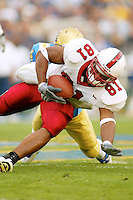 Alex Smith during Stanford's 28-18 loss to UCLA on October 26, 2002 in Los Angeles, CA.<br />