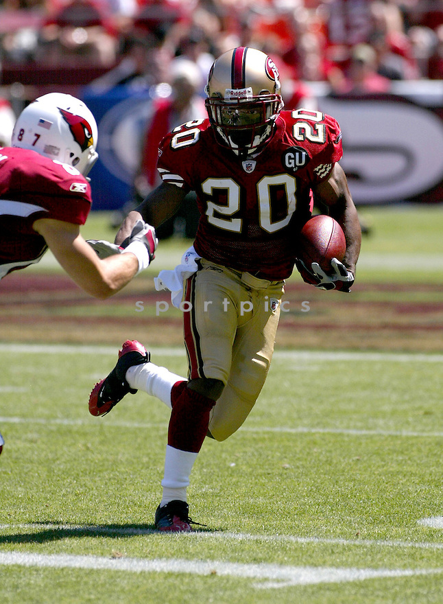 ALLEN ROSSUM, of the San Francisco 49ers, in action during the  49ers game against the  Arizona Cardinals  on September 7, 2008 in San Francisco, California...The San Francisco 49ers win 23-13