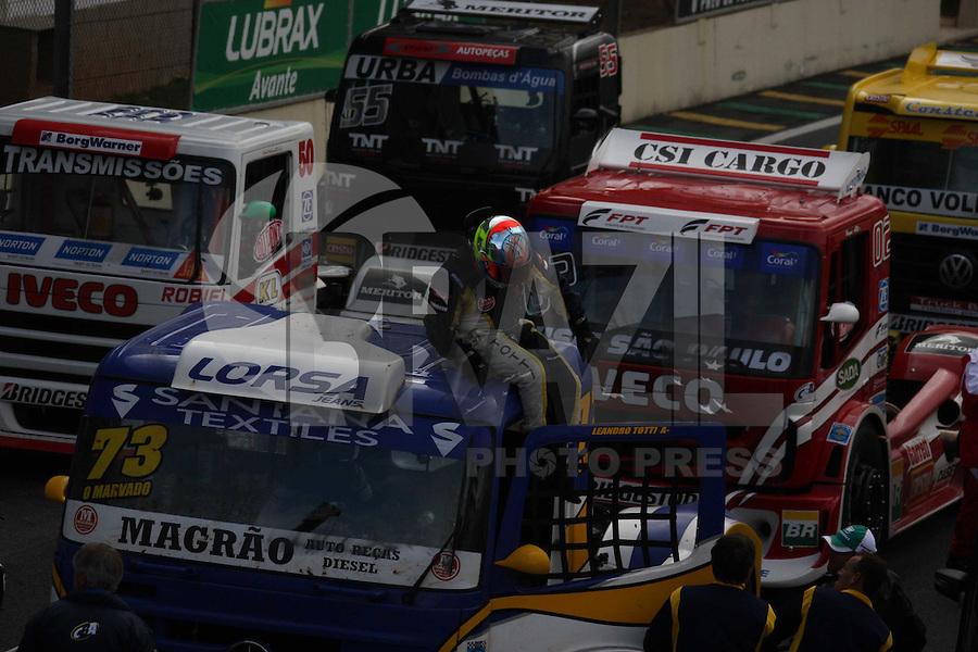 SAO PAULO, SP, 08/07/2012, LEANDRO TOTTI, O grande vencedor da 5 etapa da F. Truck foi o piloto Leandro Totti (foto).  Luiz Guarnieri/ Brazil Photo Press
