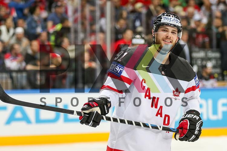 Canadas Seguin, Tyler (Nr.91)  im Spiel IIHF WC15 Schweiz vs. Canada.<br /> <br /> Foto &copy; P-I-X.org *** Foto ist honorarpflichtig! *** Auf Anfrage in hoeherer Qualitaet/Aufloesung. Belegexemplar erbeten. Veroeffentlichung ausschliesslich fuer journalistisch-publizistische Zwecke. For editorial use only.