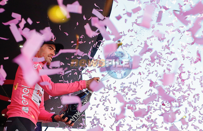 Race leader Tom Dumoulin (NED) Team Sunweb retains his Maglia Rosa at the end of Stage 18 of the 100th edition of the Giro d'Italia 2017, running 137km from Moena to Ortisei/St. Ulrich, Italy. 25th May 2017.<br /> Picture: LaPresse/Simone Spada | Cyclefile<br /> <br /> <br /> All photos usage must carry mandatory copyright credit (&copy; Cyclefile | LaPresse/Simone Spada)