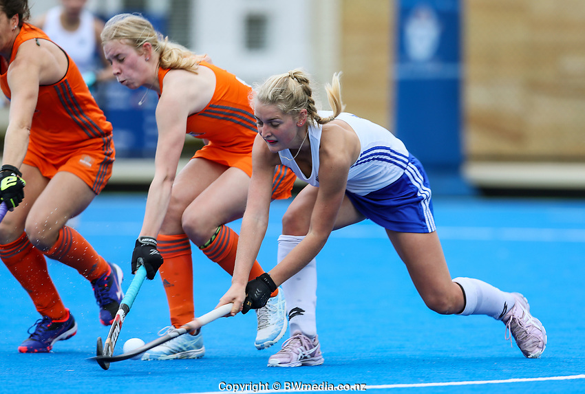 Kaite Doar in action during the NHL warmup match between Auckland and Midlands at Diocesan School for Girls in Auckland, New Zealand on Sunday, 11 August 2019. Photo: Simon Watts / bwmedia.co.nz