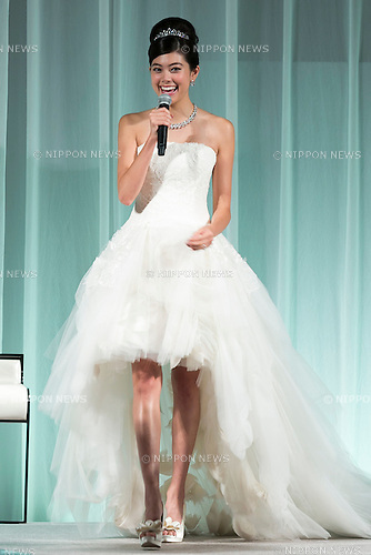 Japanese model Hikari Mori speaks during the Special Dress Collection organised by 25 ans Wedding on November 1, 2015, Tokyo, Japan. The fashion magazine celebrates 30 years anniversary with a runway called Special Dress Collection in Roppongi Hills. (Photo by Rodrigo Reyes Marin/AFLO)