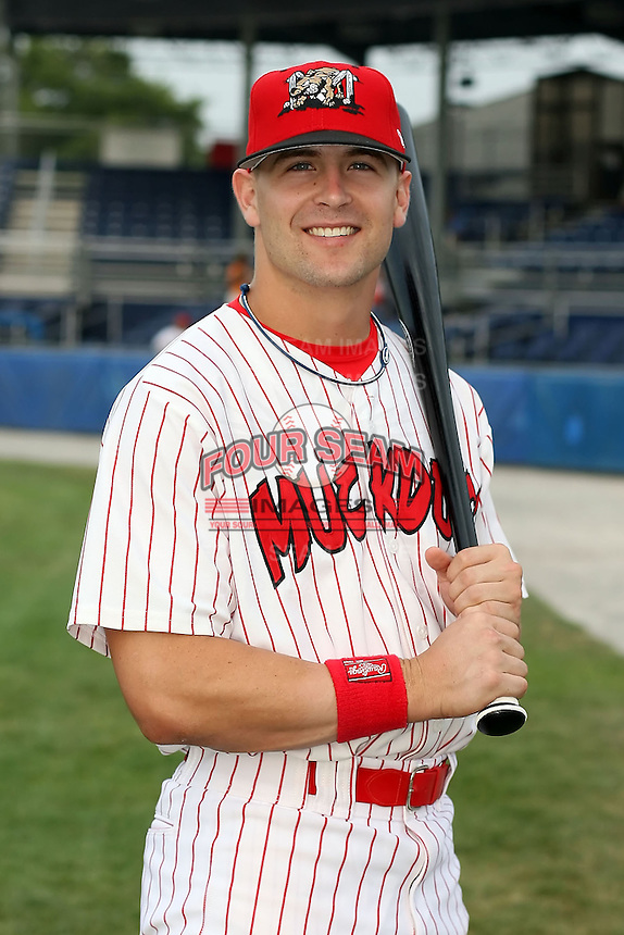 August 4th, 2007:  Tyler Henley of the Batavia Muckdogs, Short-Season Class-A affiliate of the St. Louis Cardinals at Dwyer Stadium in Batavia, NY.  Photo by:  Mike Janes/Four Seam Images