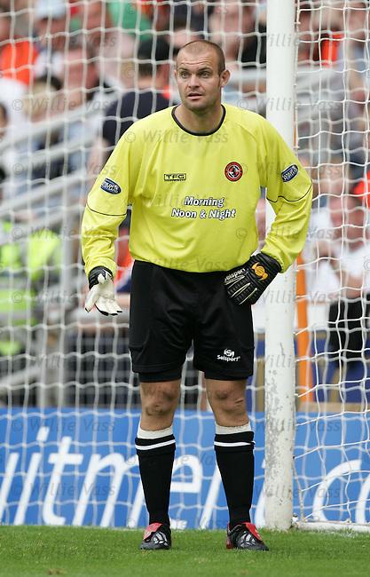 Tony Bullock, Dundee Utd.stock season 2004-2005.pic willie vass