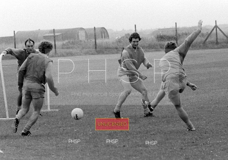 03/08/80 Blackpool training...© Phill Heywood.