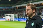 08.03.2019, Weserstadion, Bremen, GER, 1.FBL, Werder Bremen vs FC Schalke 04<br /> <br /> DFL REGULATIONS PROHIBIT ANY USE OF PHOTOGRAPHS AS IMAGE SEQUENCES AND/OR QUASI-VIDEO.<br /> <br /> im Bild / picture shows<br /> Florian Kohfeldt (Trainer SV Werder Bremen) vor Spielbeginn bei Platzbegehung, <br /> <br /> Foto &copy; nordphoto / Ewert