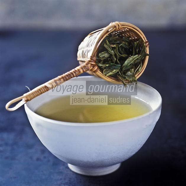 Gastronomie générale: Thé vert  // Gastronomy: Gree tea<br /> - Stylisme : Valérie LHOMME