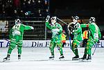 Stockholm 2015-01-16 Bandy Elitserien Hammarby IF - IFK Kung&auml;lv :  <br /> Hammarbys Adam Gilljam gratuleras av Robin Sundin  , Per Einarsson och Stefan Erixon efter sitt 3-2 m&aring;l under matchen mellan Hammarby IF och IFK Kung&auml;lv <br /> (Foto: Kenta J&ouml;nsson) Nyckelord:  Elitserien Bandy Zinkensdamms IP Zinkensdamm Zinken Hammarby Bajen HIF IFK Kung&auml;lv jubel gl&auml;dje lycka glad happy