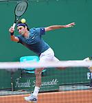 Roger Federer (SUI) defeats Radek Stepanek (CZE) 6-1, 6-2