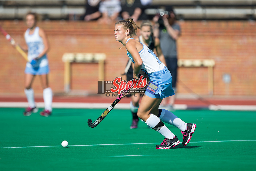 Julia Young (16) of the North Carolina Tar Heels controls the ball during first half action against the Wake Forest Demon Deacons at Kentner Stadium on October 23, 2015 in Winston-Salem, North Carolina.  The Demon Deacons defeated the Tar Heels 3-2.  (Brian Westerholt/Sports On Film)