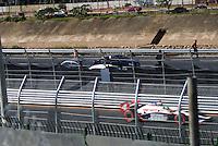 SÃO PAULO, SP, 14 DE MARÇO DE 2010 - TREINOS SÃO PAULO INDY 300 - Na manhã de hoje treinos para a corrida São Paulo Indy 300, etapa de abertura da temporada 2010 da IZOD IndyCar Series. Na foto vista a Av Marginal Tiete com o pioloto Dan Wheldon .A corrida acontece na tarde deste domingo, nas ruas de São Paulo, passando pelo Sambódromo e Marginal do Tietê. (FOTO: WILLIAM VOLCOV / NEWS FREE).