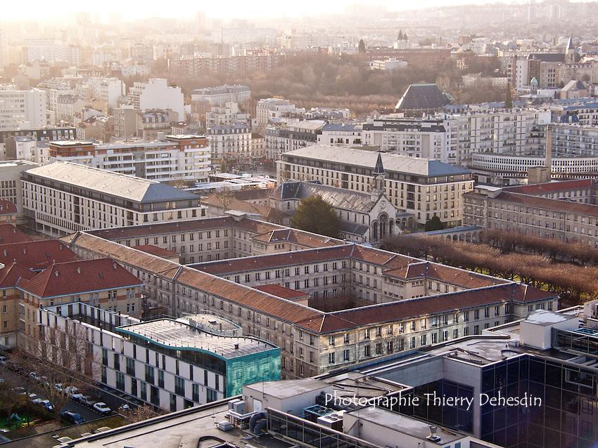 Issy les Moulineaux, 2003, Photographie réalisée depuis la terrasse de l'hotel Sofitel