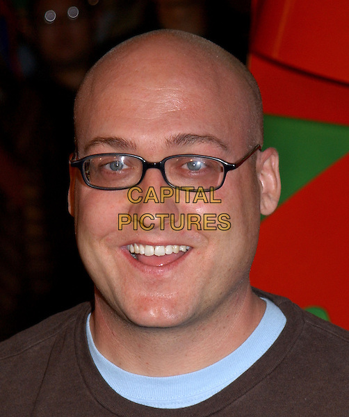 "MIKE MITCHELL.World Premiere of ""Surviving Christmas"" held at The Grauman's Chinese Theatre in Hollywood, California .October 14, 2004 .headshot, portrait, glasses.www.capitalpictures.com.sales@capitalpictures.com.©Debbie VanStory"
