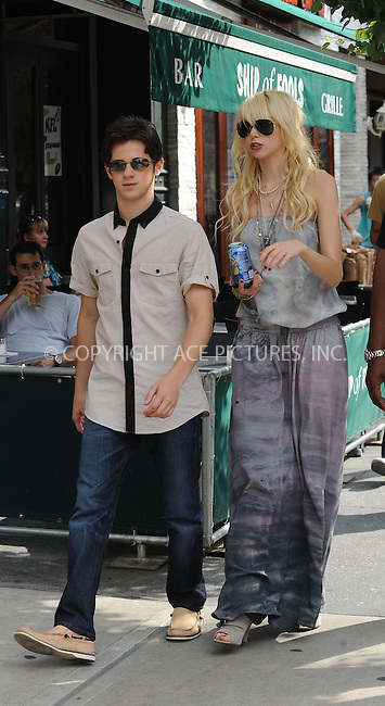 WWW.ACEPIXS.COM . . . . . ....August 11 2009, New York City....Actors Connor Paolo and Taylor Momsen on the Upper East Side set of the TV show 'Gossip Girl' on August 11 2009 in New York City....Please byline: KRISTIN CALLAHAN - ACEPIXS.COM.. . . . . . ..Ace Pictures, Inc:  ..tel: (212) 243 8787 or (646) 769 0430..e-mail: info@acepixs.com..web: http://www.acepixs.com
