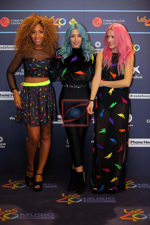 Los 40 MUSIC Awards 2016 - Photocall.<br /> Tamy Nsue, Sonia Gomez &amp; Alba Reig (Sweet California).