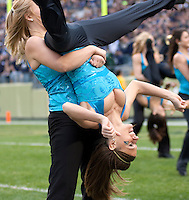 Pittsburgh dance girls. The Pittsburgh Panthers defeated the South Florida Bulls 41-14 at Heinz Field, Pittsburgh, PA on October 24, 2009.